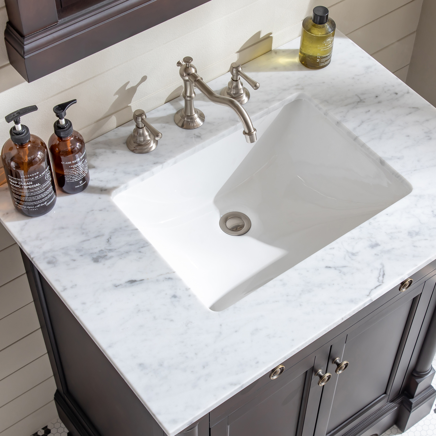 Eviva Preston 31 In Aged Chocolate Bathroom Vanity With White Carrara Marble Countertop And Undermount Sink